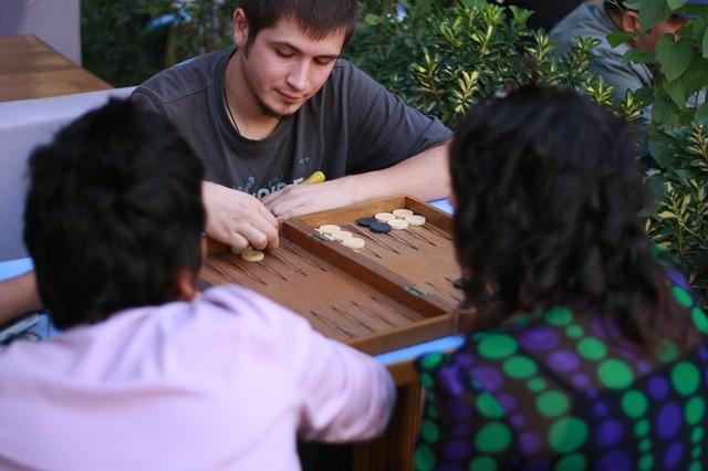 hraní deskové hry
