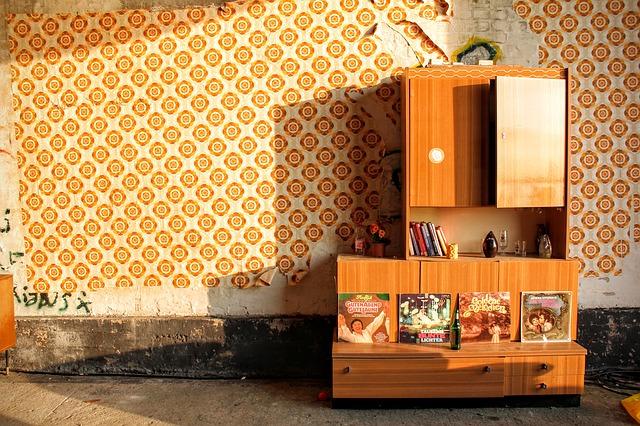 stará skříň