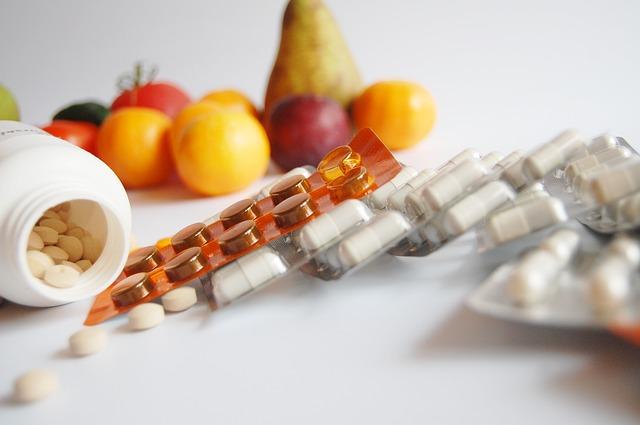 ovoce, zeelnina, léky