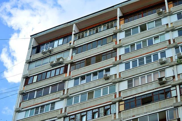 dům, balkony, klimatizace