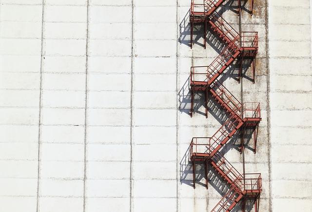 průmyslová budova.jpg
