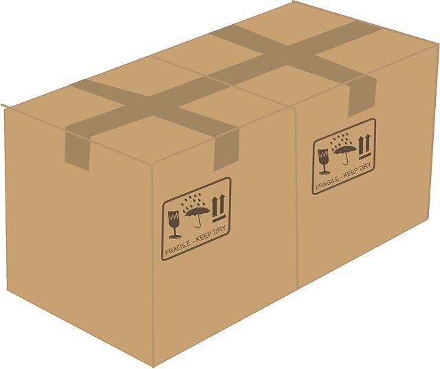 dvě zabalené papírové krabice.png