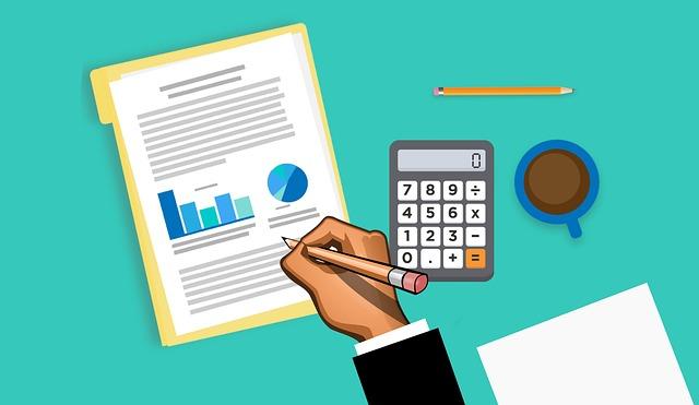 Analýza dat z papírové statistiky, s kalkulačkou a šálkem kávy
